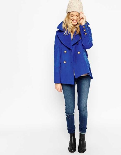 Colores de temporada azul klein