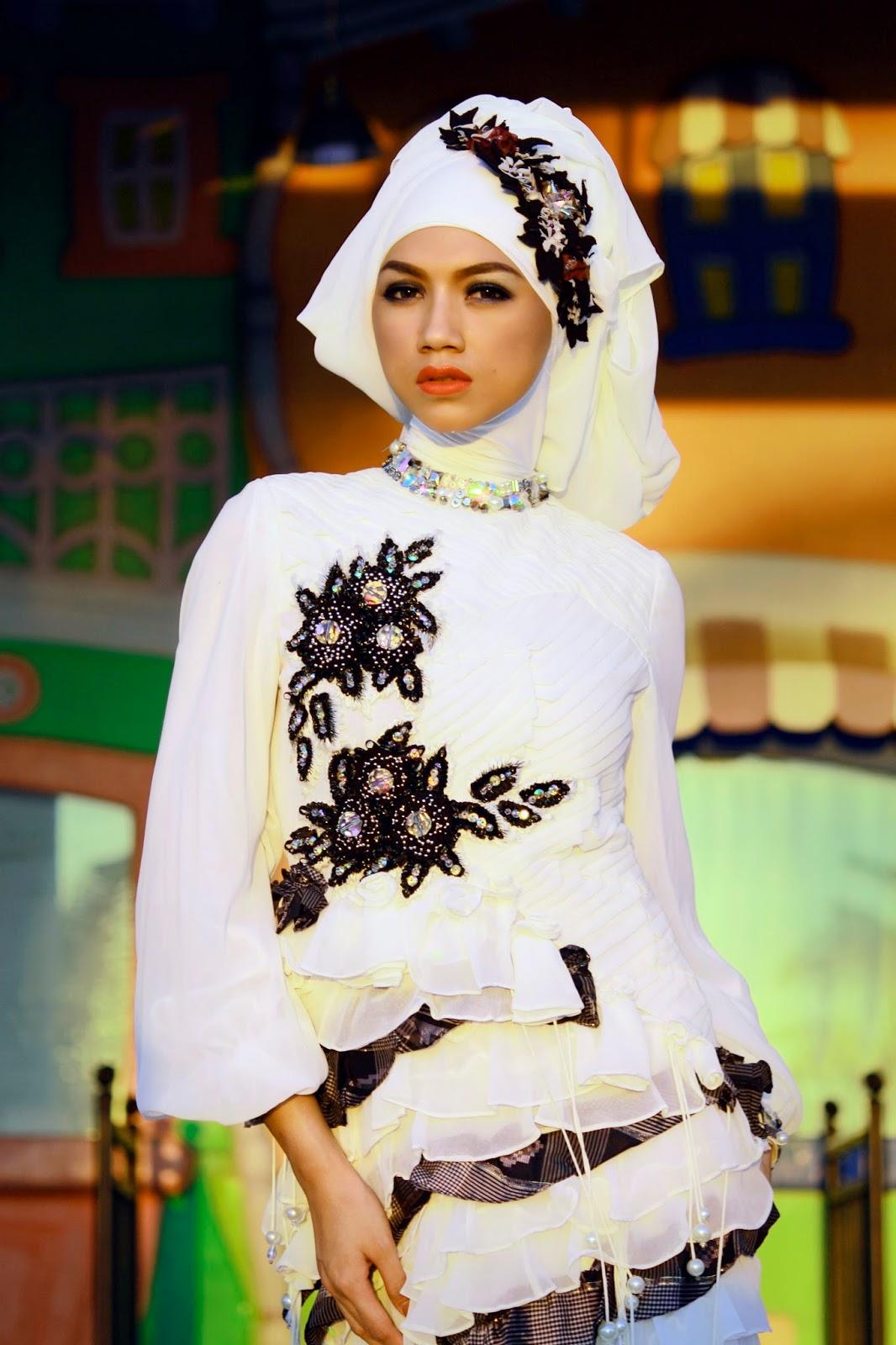 modern dress hijab