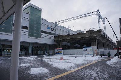 一部完成している北陸新幹線福井駅