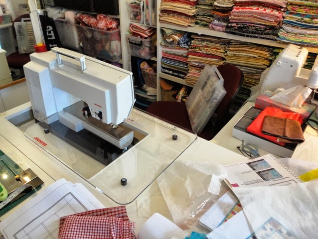 Esther's Quilt Blog I'm Going To Have To Learn To Love Itsomehow Interesting Bernina 820 Sewing Machine Review