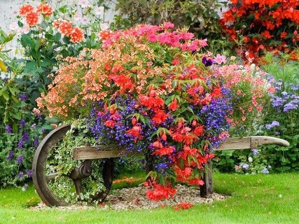 conseils déco et relooking: Recyclage jardinage:13 idées de jardins ...