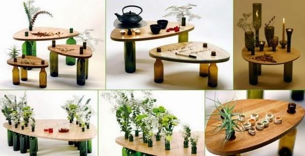 Meja dengan kaki-kaki dari botol bekas