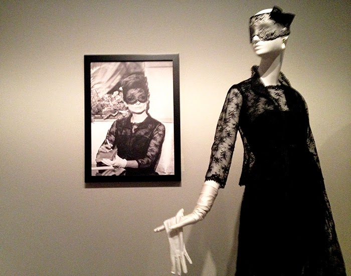 EXPOSICION-GIVENCHY-MUSEO-THYSSEN-MADRID-TALESTRIP