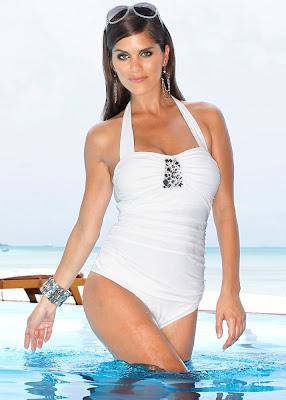 Anahi Gonzales amazing body for Bonprix swimwear photoshoot
