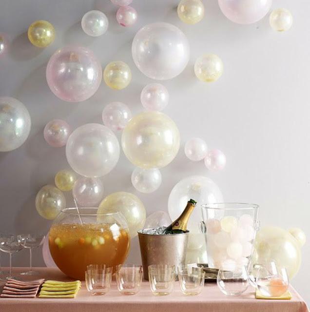 Ideia decoração réveillon Ano novo balões pérola