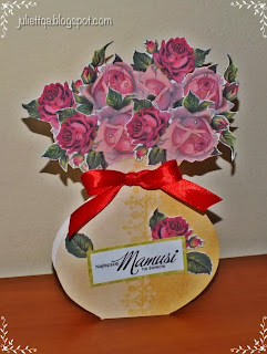 Wazon z różami