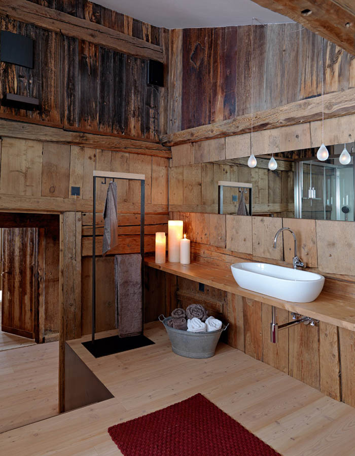 una casa rustica moderna - baño de diseño -lavabo sobre mesa