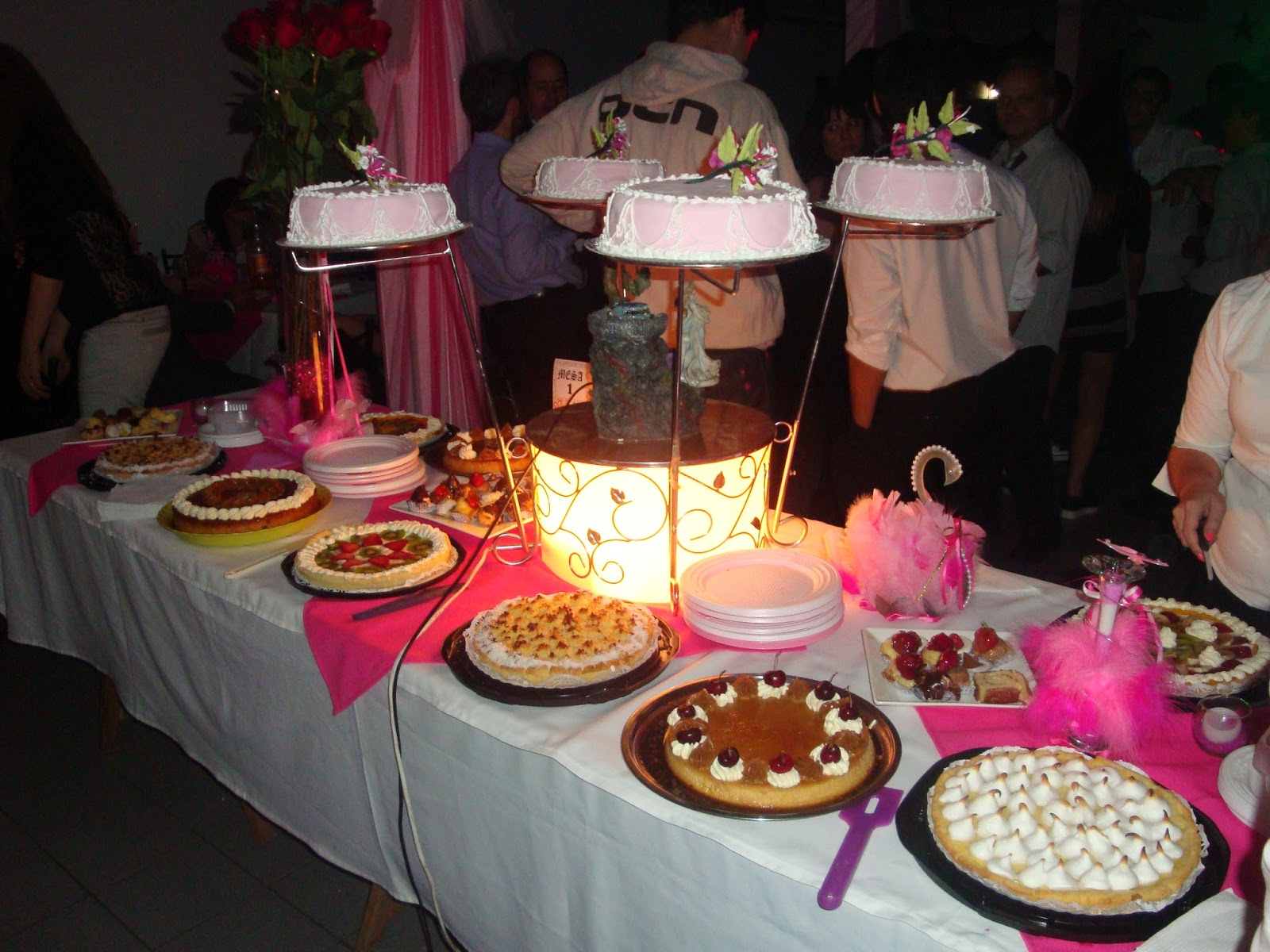 Comida casera y mesa dulce para cumplea os y eventos for Mesa de dulces para 15