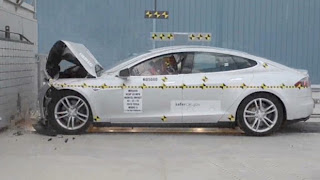 Tesla crash test: Crash test score is better than perfect