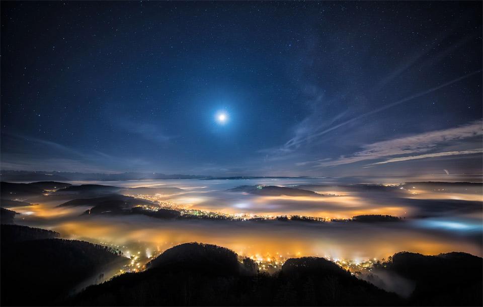 Η ζυρίχη από ψηλά, την νύχτα
