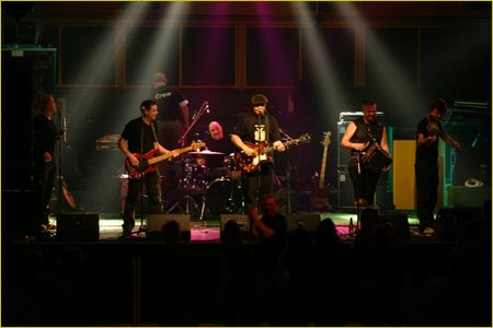 London Irish Band - Bible Code Sunday - Performing at Four Green