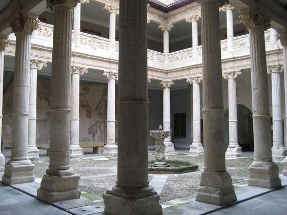 imagen_que_visitar_burgos_turismo_gratis_visita_museo_burgos_palacio_miranda_renacimiento