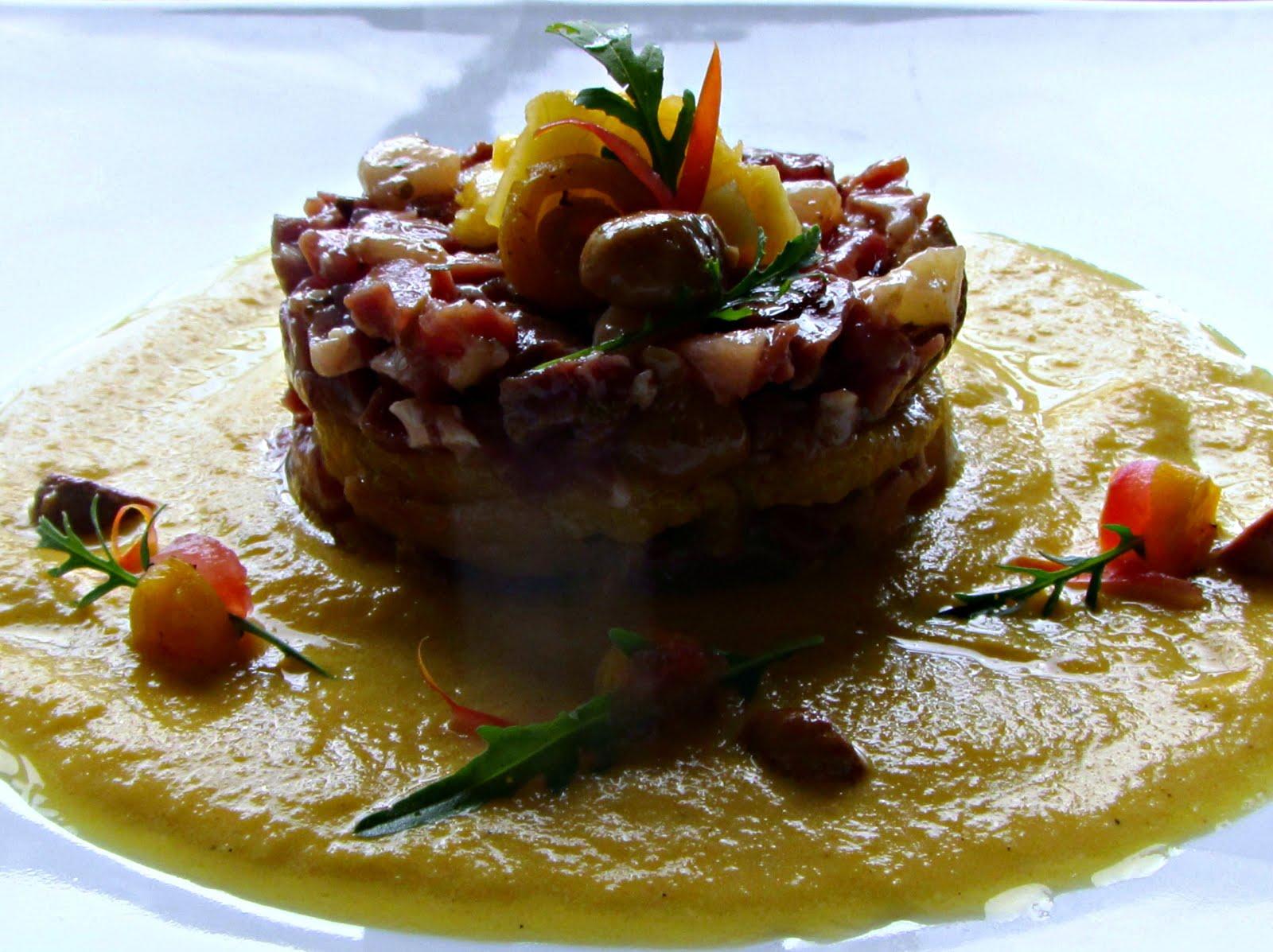 La tartare di crudo marinato e pesche