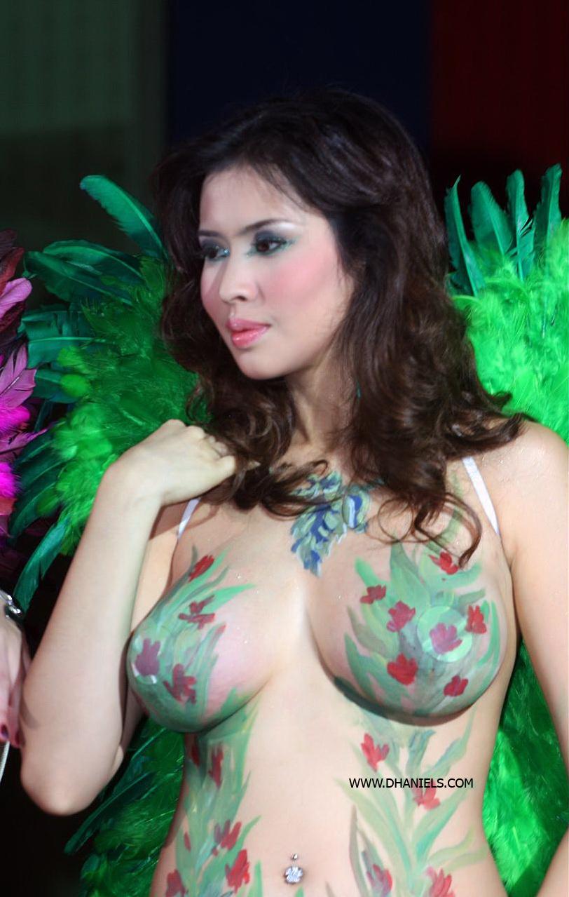 Mayang Sari Telanjang  Bokep Indonesia