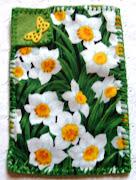 Capa para celular/smartphone de tecido importado com estampa floral verde .