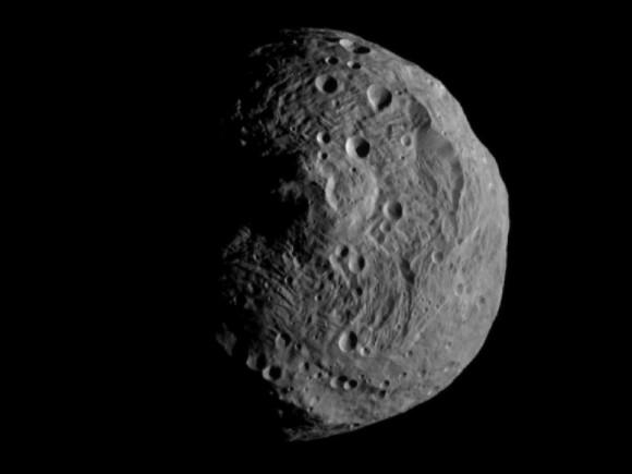 Asteroide 4 Vesta desde Dawn