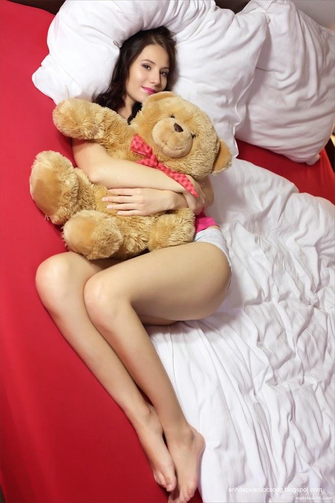Người đẹp yêu thích gấu bông 16