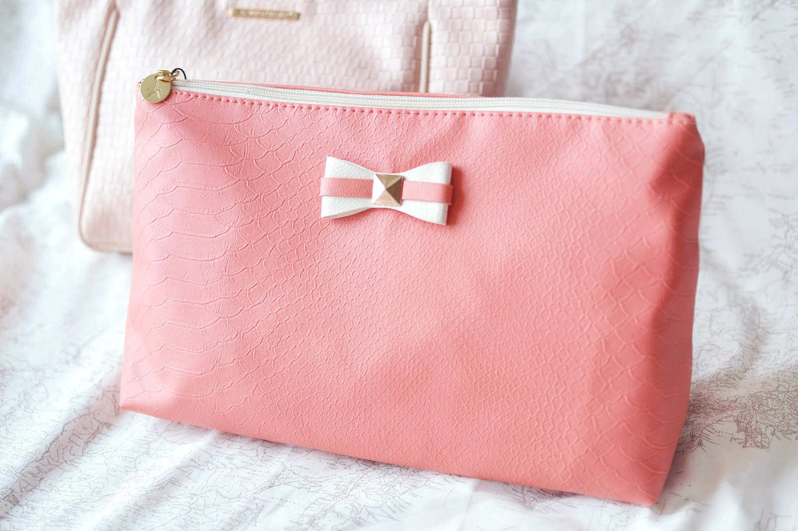 primark haul 2015, primark haul january 2015, coral make up bag, wash bag