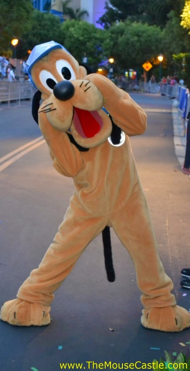 Pluto at the 2014 Disneyland Half Marathon