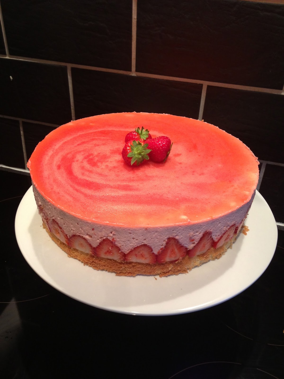 and stir well: Frasier Torte (Strawberry mousse cake)