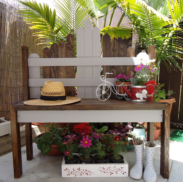 Picket Fence Bench in Gray - SOLD