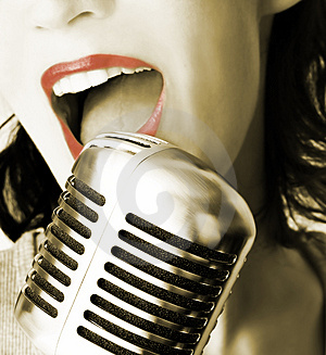 The Top Ten Ways to Start a Singing Career