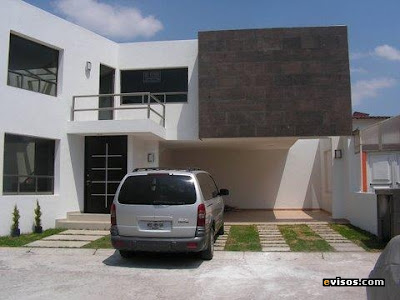 Fachadas minimalistas fachada minimalista con balc n for Fachadas minimalistas con balcon