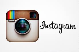 Kövess az Instagramon is:
