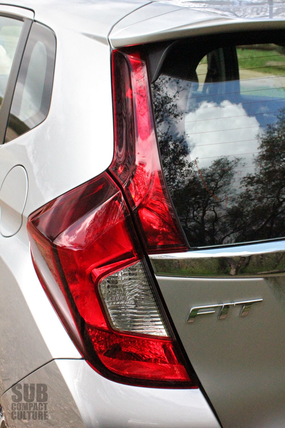 2015 Honda Fit taillight