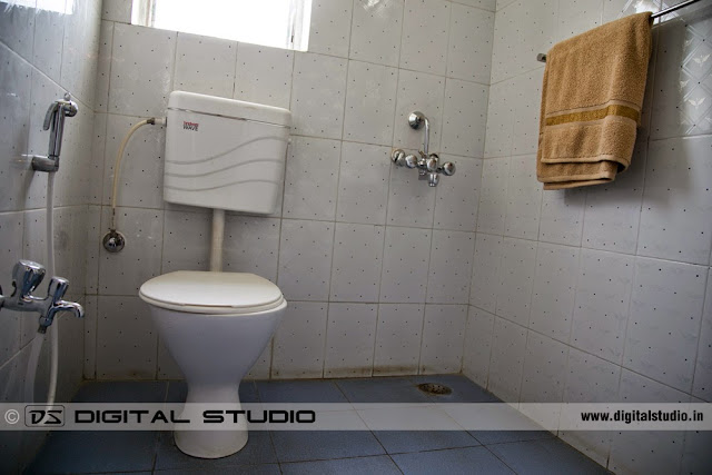 English style toilet