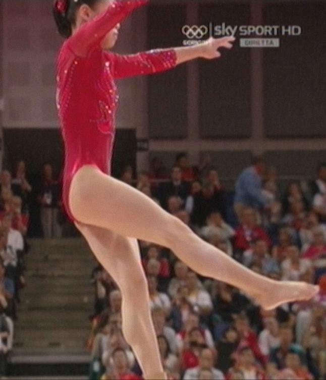 Olympics 2012 - Women Gymnastics muscular calves - snaps by Carlo