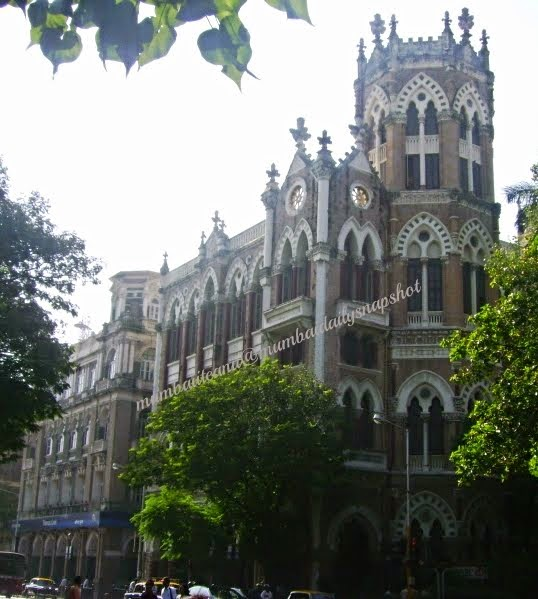 J.N.Petit Library on D.N.Road