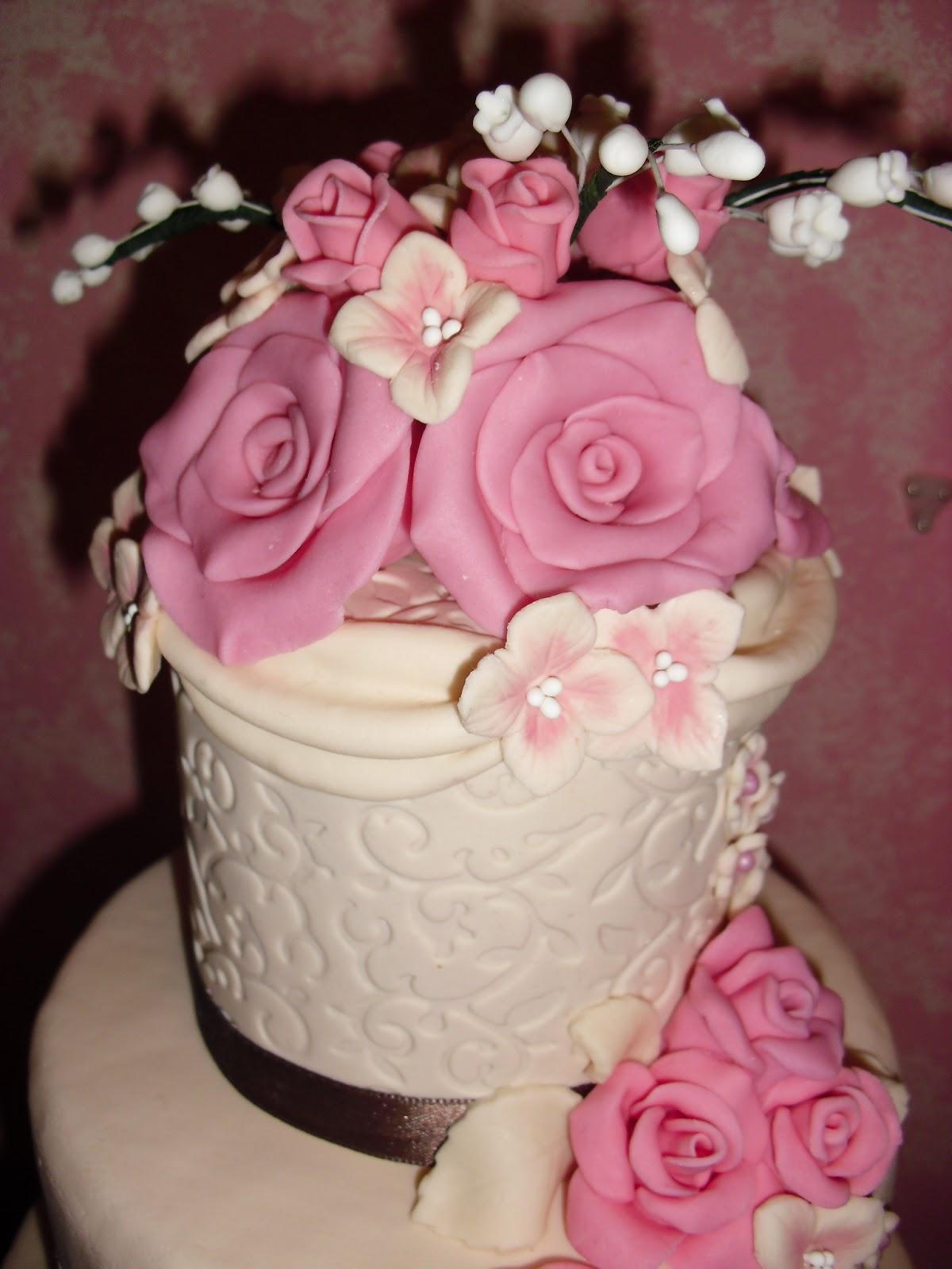 Wedding cake di 4 piani le torte di antonella for Piani artistici di 2 piani artistici