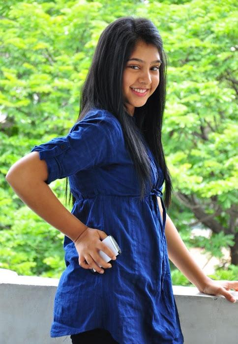 neethi taylor actress pics