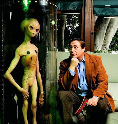 Paul Davids with Roswell Dummy