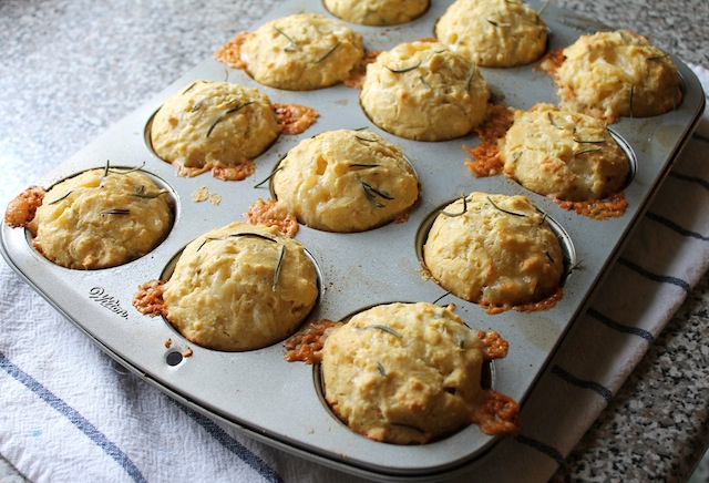 Food Lust People Love: Rosemary Cheddar Cornbread Muffins ...