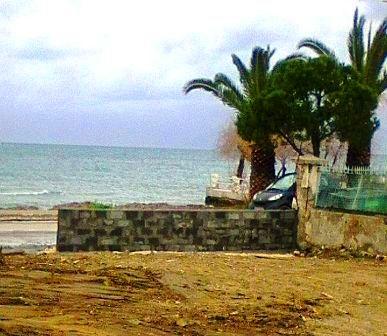 Πωλείται Οικόπεδο στη Θάλασσα