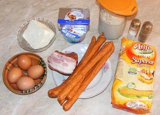 ingrediente taci si inghite, retete de mancare cu mamaliga carnaciori afumati mezeluri oua si branza preparate la cuptor, retete culinare, retete de mancare, cum faci taci si inghite,