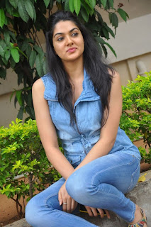 Actress Sakshi Choudhary Latest Pictures in Jeans at Potugadu Telugu Movie Press Meet 0025.jpg