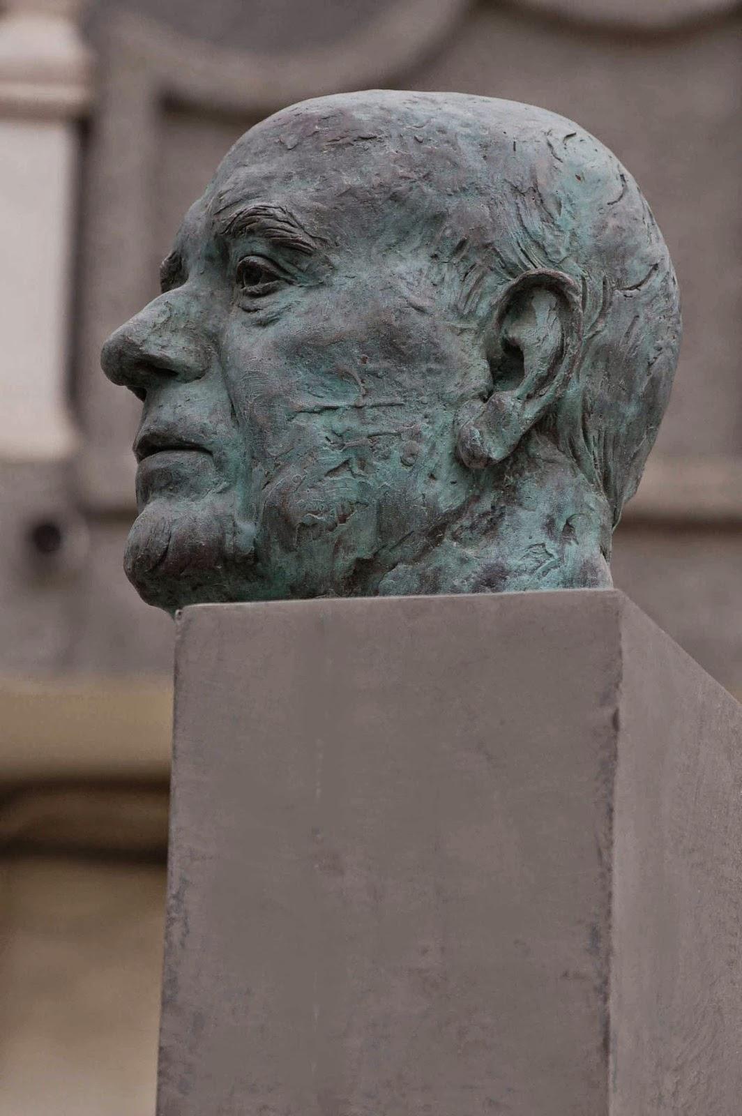 Monumento bronce Fuente Álamo Murcia Arturo Serra escultura 4