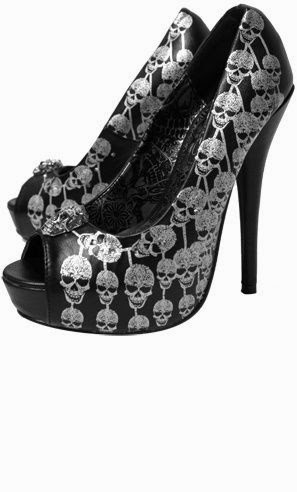 Skull printed black high heels