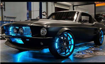 Microsoft lança seu carro-conceito Mustang 2012