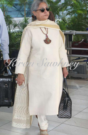 Jaya Bachchan travels in style