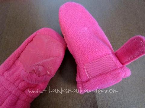 kids pink mittens