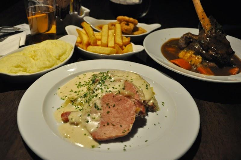 Irland 2014 - Vorspann | Essen | Lammkeule und Cabbage and Bacon bei Kate Kearney's Cottage
