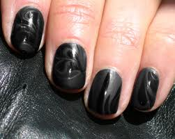 Black Patterned Nail Art