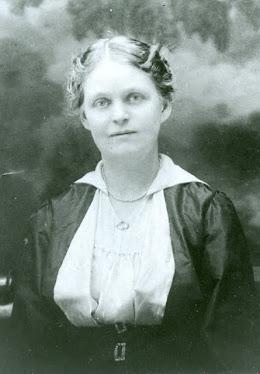 Annie Edwards Busch, c. 1905