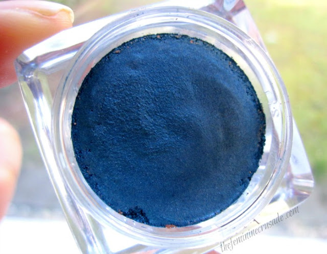 Picture of the texture of Astor 24h Perfect Stay Waterproof Vibrant Eyeshadow in 'Metallic Blue'