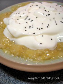 mashed-banana-yogurt-with-chia