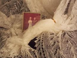 TE KOOP: diverse wolwitte weddingringshawls